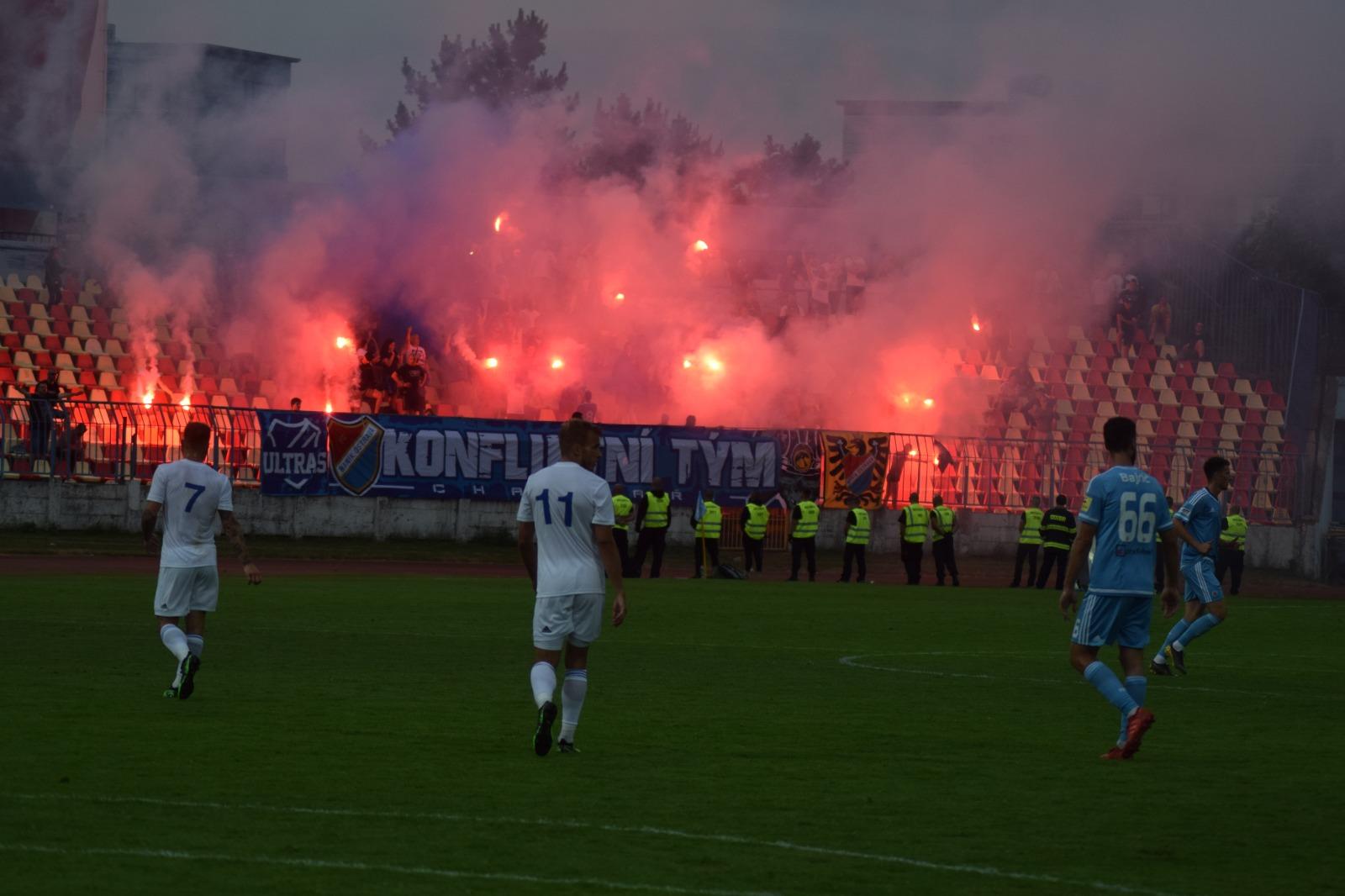 Slovan_bratislava_fcb_2019-2020.jpg (248 KB)