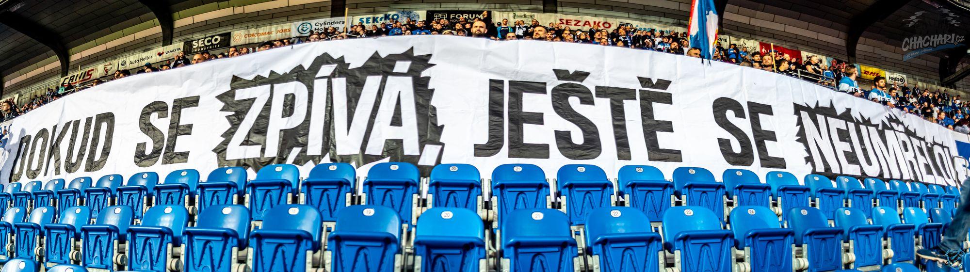 FCB_Slavia_20-21_1.jpg (271 KB)